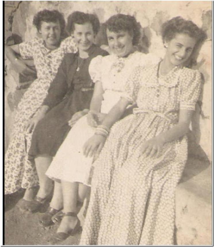 1945=Mª Celia Teresa Iluminada Violeta