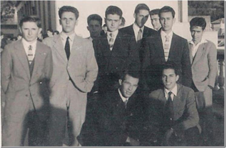 1950s=Amigos en Plaza Nueva
