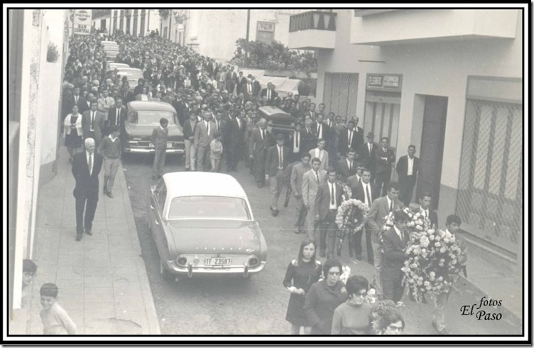 19710504=Entierro Pedro Capote