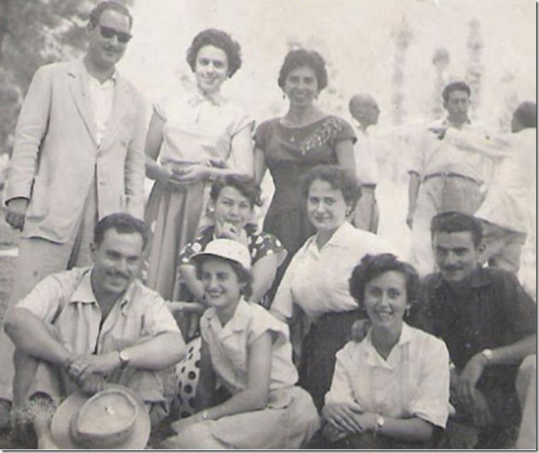 19550904=En Fiesta del Pino