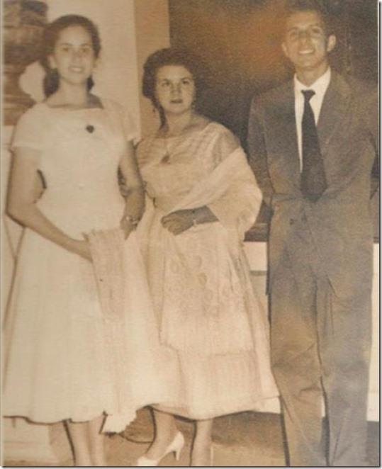 Luz María, Lourdes y Manolo